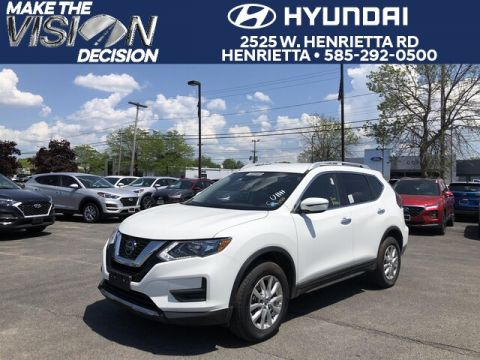 Pre-Owned 2020 Nissan Rogue SV AWD SUV
